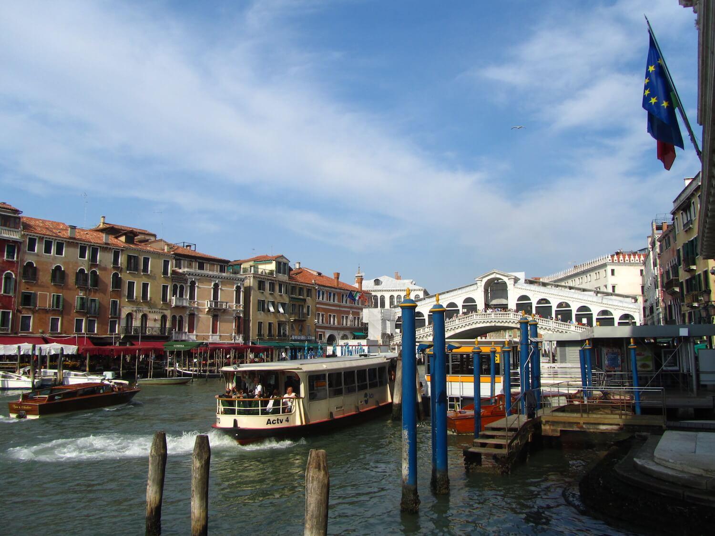 Uno de los puentes más famosos de Venecia
